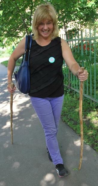 irina-markovskaya-wooden-poles-cut